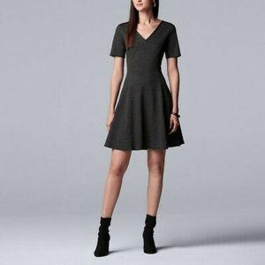 Simply Vera short sleeved dress size M